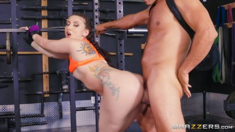 Big Butts Like It Big - Mandy MuseGirls Who Squat