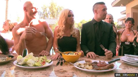 Brazzers - ZZ Series - Brazzers house Episode Three
