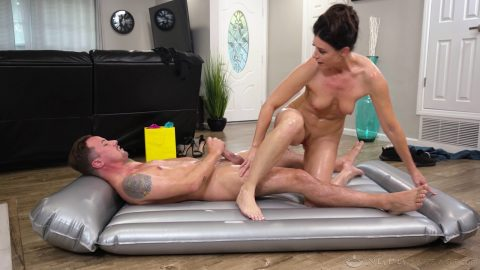 Fantasy Massage - india summer aunts welcome gift