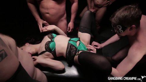 GangBang Creampie -    Bobbi