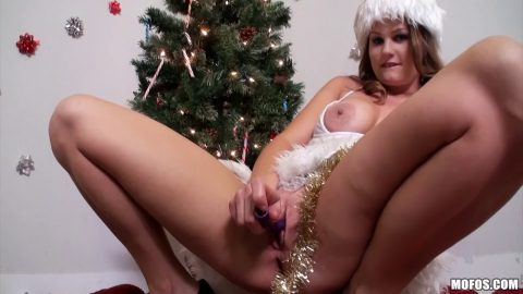 Mofos - Allison Moore - Christmas Cunt