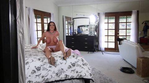 Mommys Girl - HelpMyStepmombyKarlieMontana s02 VeronicaRodriguez AriellaFerrera